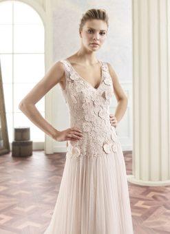 modeca-2017-trouwjurk-Tiamo_blush_zoom