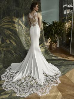 Kalypso2 Blue by Enzoani, bruidsmode, trouwjurken
