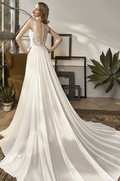 18-20 Beautiful by Enzoani, trouwjurk, bruidsjurk, bruidsmode