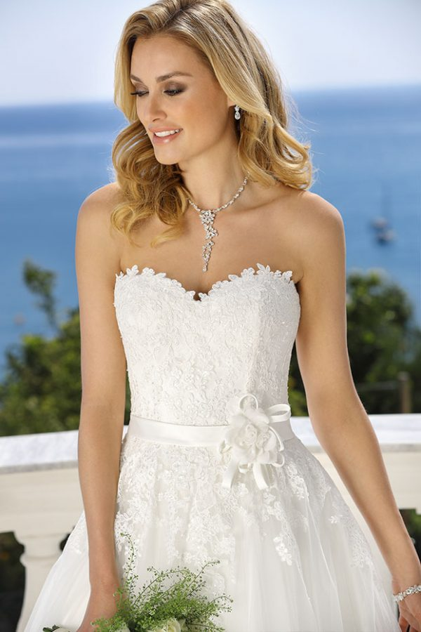 418031 Ladybird, trouwjurk, bruidsjurk, bruidsmode, trouwen