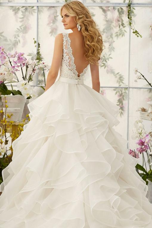 2805 Mori Lee, roefelrok, spaanse rok, laagjes rok, trouwjurk, bruidsjurk, prinsessenjurk