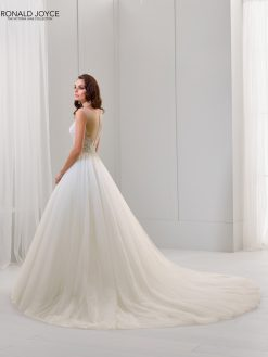 Morilee 18260 trouwjurk, bruidsjurk, trouwen, verloofd, bruidsmode, trouwzaak, bruidszaak, trouwjurken 2019
