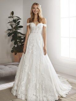 Oliola White One, trouwjurk, bruidsjurk, trouwen, verloofd, bruidszaak, mariage bruidsmode;