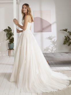 Ordizia White One, trouwjurk, bruidsjurk, trouwen, verloofd, bruidszaak, mariage bruidsmode;