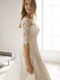 Ossa White One, trouwjurk, bruidsjurk, trouwen, verloofd, bruidszaak, mariage bruidsmode;