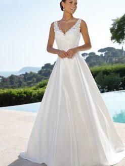 519052, Ladybird, trouwjurk, bruidsjurk, trouwen, verloofd, bruidszaak, mariage bruidsmode;