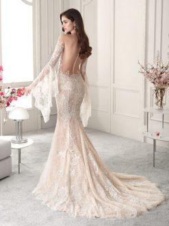 823, Cosmobella, trouwjurk, bruidsjurk, trouwen, verloofd, bruidszaak, mariage bruidsmode;