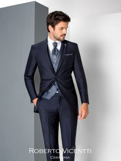 1.19.30, Roberto Vicentti, trouwpak, trouwen, trouwpak, trouwkostuum, bruidswinkel, mariage bruidsmode, bruidszaak, trouwzaak, trouwen, verloofd, pak, kostuum