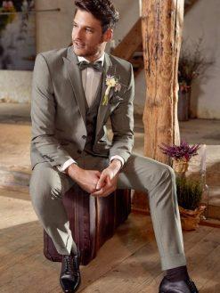 Green Wedding look 2, Wilvorst , trouwpak, trouwen, trouwpak, trouwkostuum, bruidswinkel, mariage bruidsmode, bruidszaak, trouwzaak, trouwen, verloofd, pak, kostuum