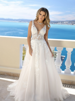 519002, Ladybird, trouwen, trouwjurk, bruidsjurk, verloofd, bruidszaak, bruidswinkel